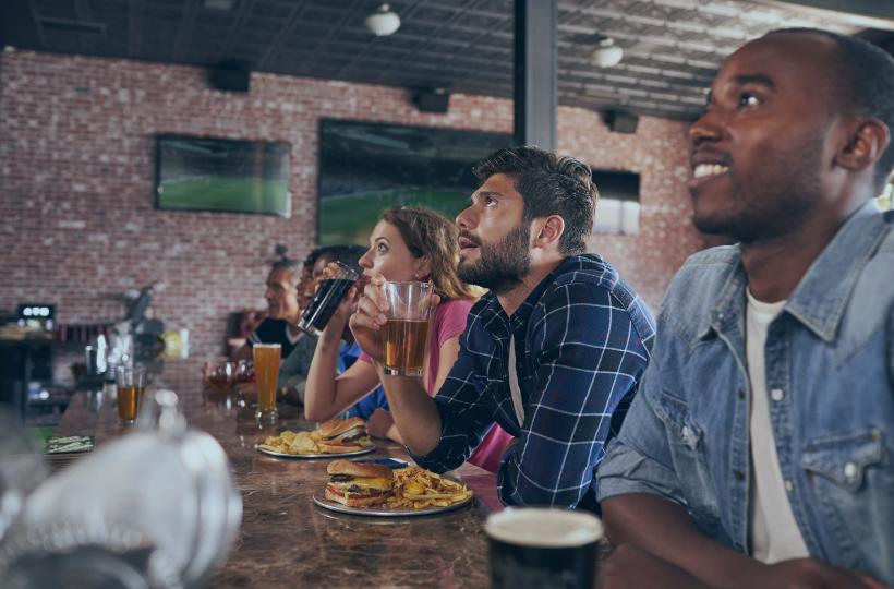 AudioFetch Blog Header - Sports Bars Using Audio Over WiFi Tech